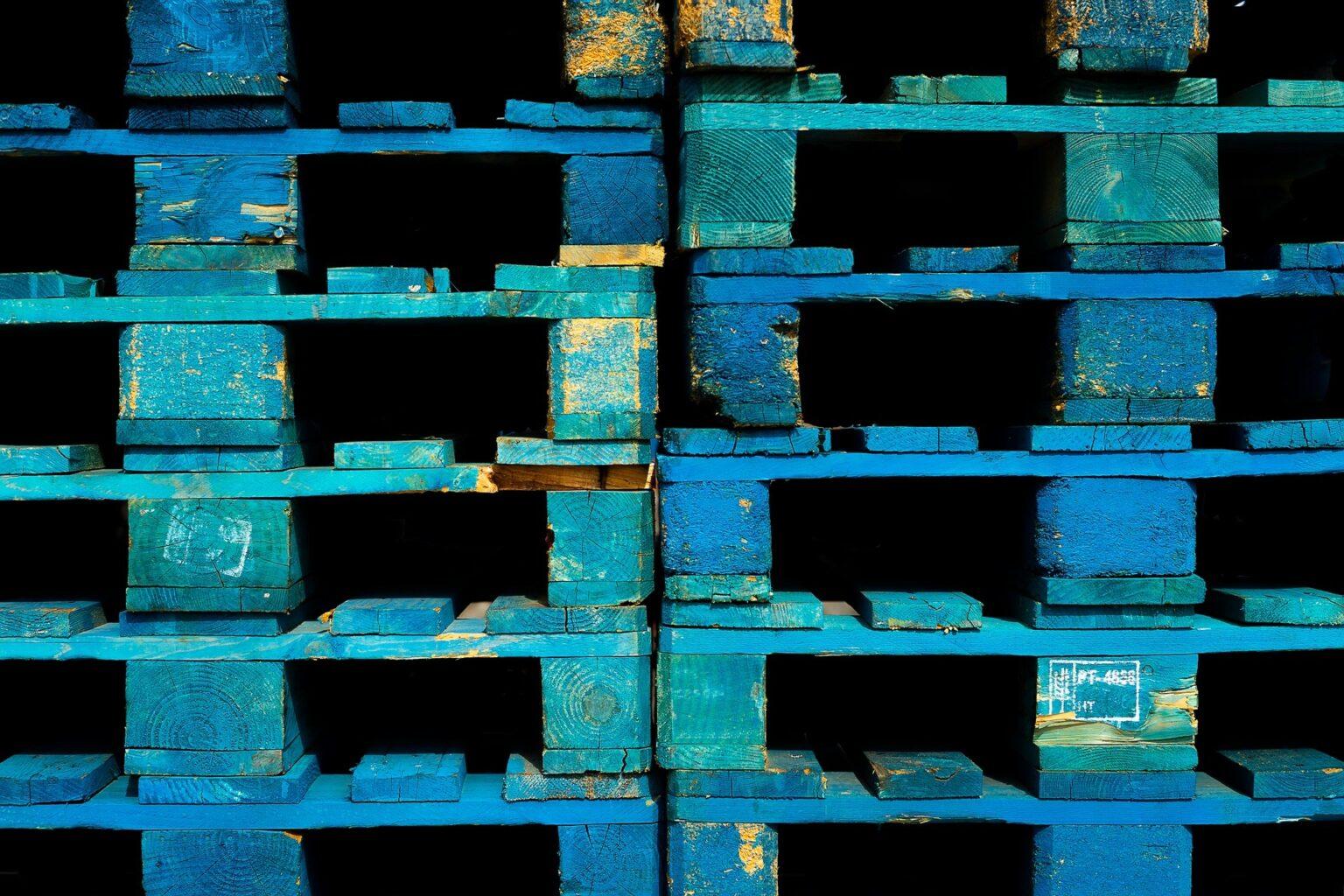 wood-pallets-g2a4ba5d60_1920